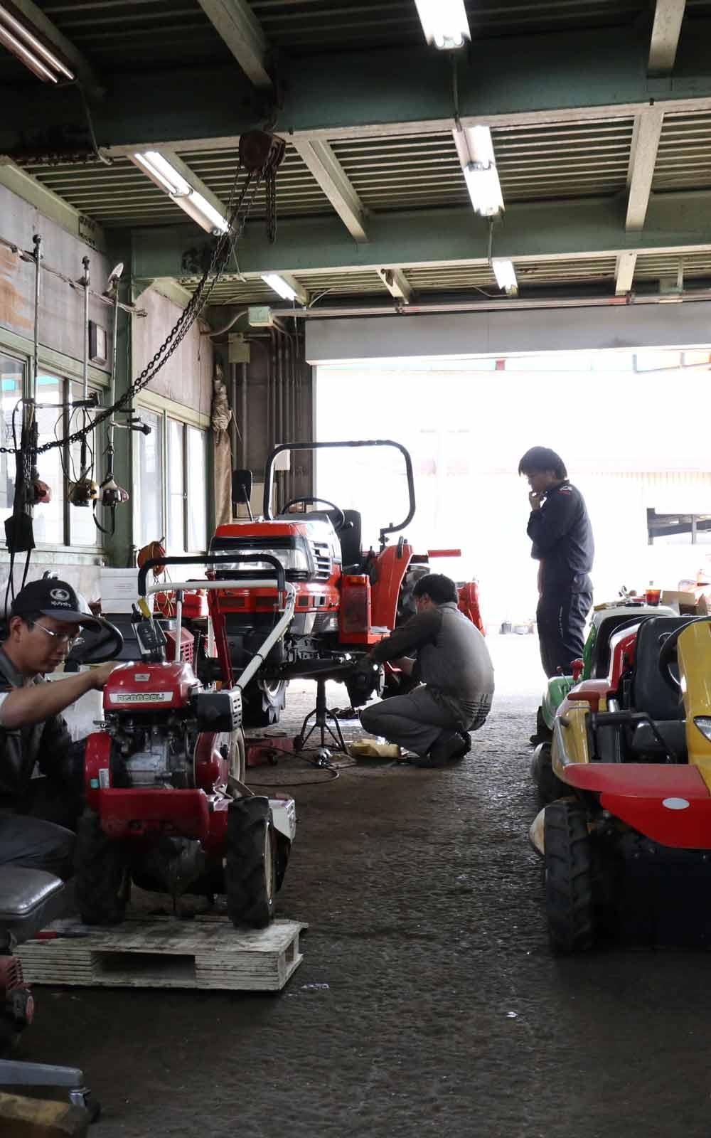 農業機械に精通したプロが対応します